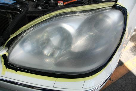 ヘッドライトのペーパー研磨3工程 埼玉の車磨き