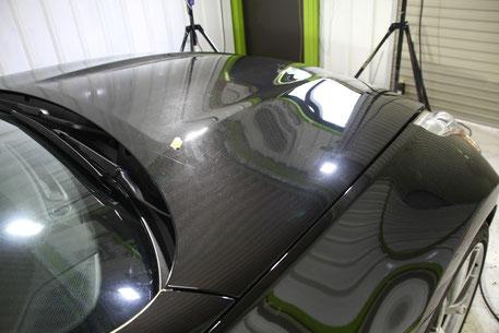 Z34黒のボンネットの傷 濃色車の研磨 スクラッチシールド