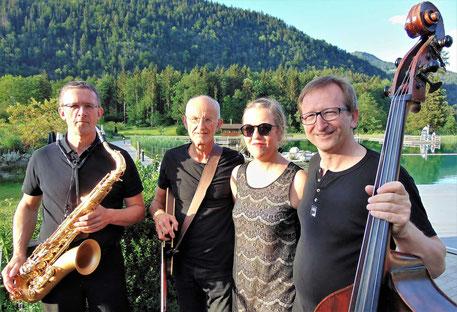 Quartett mit Qualität: »Jazz Brothers & Sister« (v.l.): Sepp Kili, Dr. Wolfgang Schierhuber, Burgi Pichler und Christian Junger. (Foto: Tessnow)