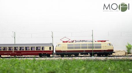 Die Gartenbahn von Piko mit der Oberleitung von Modellbau Fink.
