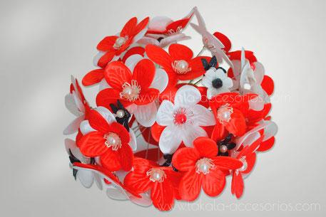 Ramo artesanal, flores de tela, flores de raso, ramo tela, bouquet tela, flores artificiales.