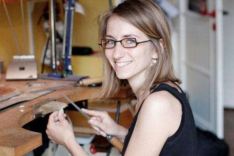 atelier artisan bijoux contemporains artisanales Lyon (FRANCE), Annecy (Haute-savoie), Geneve (SUISSE)