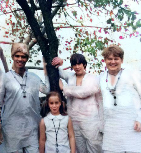 1969 : India ( R - L ) Raphael Rudd, Gregg Rosen, Leslie Rosen & Unknown - Courtesy of Gregg Rosen