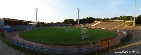 Hier müssen die Fans für eine Dauerkarte am tiefsten in die Tasche greifen: Das Merck-Stadion am Böllenfallor von Darmstadt 98.