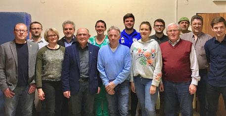 Die aktuelle Vorstandschaft des FC Eberspoints sowie dessen Abteilungsleiter und Beisitzer