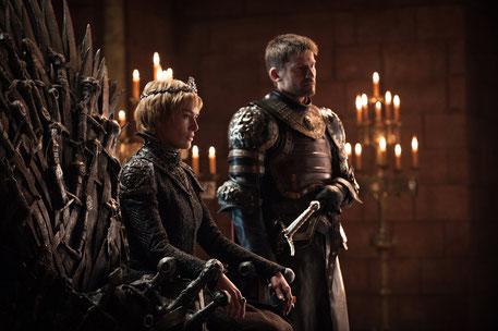 Unter Cersei schreitet die Modernisierung von Westeros voran. Hier schon einmal eine wilde Ehe mit Doppelverdienern.