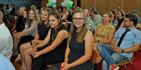 https://www.haz.de/Umland/Lehrte/Lehrte-IGS-Lehrte-verabschiedet-Absolventen