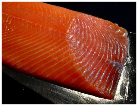 nach alter Tradition gefertigter Lachs in Spitzenqualität