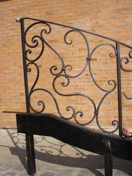 rampe debillardee inspiration louis XV collier embrevement rivet double double depart noyaux faconne fer forge bormes les mimosas le lavandou hyeres toulon var ferronnerie art ferronnier forgeron by thibault KLUKASZEWSKI with forge et style