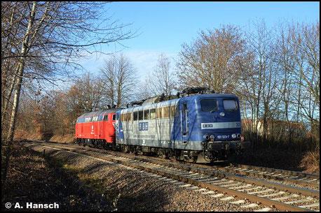 Gerettet! 151 123-7 (ex RBH 263) wird am 16. Dezember 2020 von 218 402-6 aus dem Stillstandsmanagement abtransportiert. Die Lok ist von Railsystems RP gekauft worden. In Wittgensdorf-Mitte kam die Überführung der Maschine auf ein Bild
