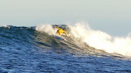 Madagascar surfing