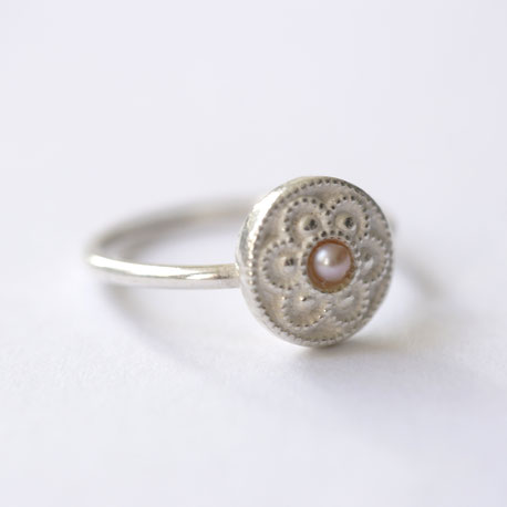 zeeuwse ring zilver met parel, zeeuwse sieraden