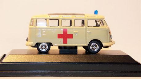 "VW T1 Samba ""Rotes Kreuz"""