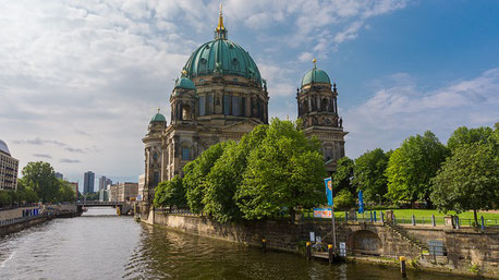 Berlin Cathedral cruise river Elbe Jewish tours