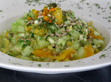 Fruchtiger Rohkostsalat mit Feta | fruchtig, low carb & vegetarisch