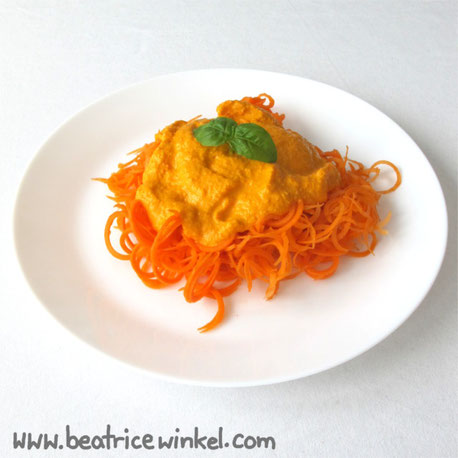 Beatrice Winkel  - carrot pasta with pepper cashew sauce