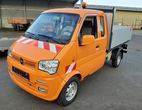 Elektro Transporter Pritsche in orange