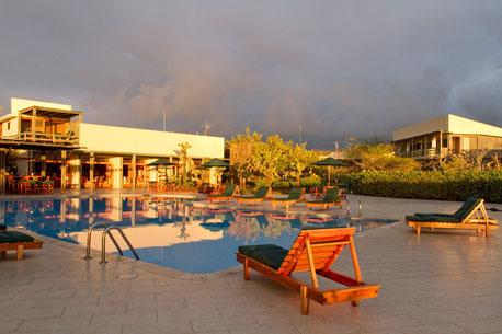 Hotelaufenthalt und Tourprogramm im Finch Bay Eco Hotel mit ECUADORline