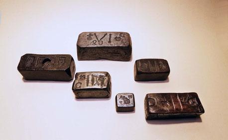 Eisenblockgewichte aus der Schweiz