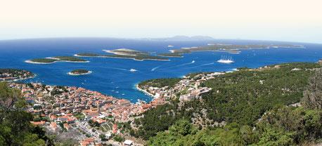 Hvar und vorgelagerte Inseln sind das Ziel einer Pilgerkreuzfahrt im April (Foto: Bayerisches Pilgerbüro) ©aimcom
