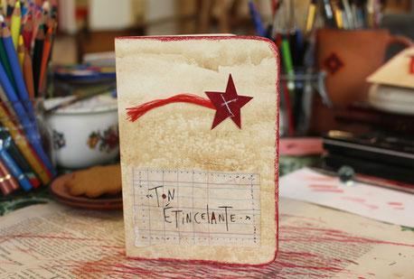 Photo d'un carnet d'art à l'étoile filante de Nac artiste de La Rafistolerie via le site de Cloé Perrotin