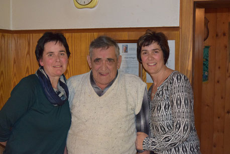 Robert Hörhager mit zwei seiner Töchter - Vroni und Regina!