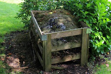 Kompost Komposthaufen Küchenabfälle