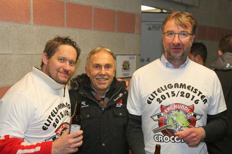 Jaro Betka (links) und Präsident Josef Unterer (rechts) bei der Meisterfeier 2016.