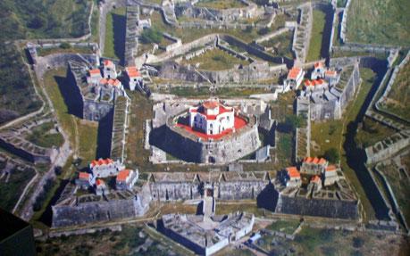 世界遺産「国境防備の町エルヴァスとその要塞群(ポルトガル)」のグラサ要塞