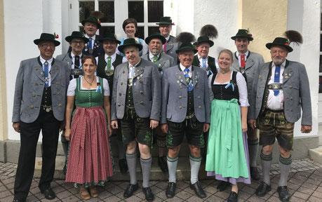 Delegation des Oberlandler Gauverbandes bei der Landestagung des Trachtenverbandes 2019
