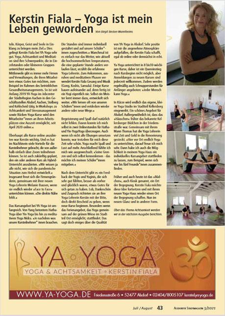 """Seite 42/43 das Portrait über YA-Yoga. Vielen Dank an die """"undsonst?!"""""""
