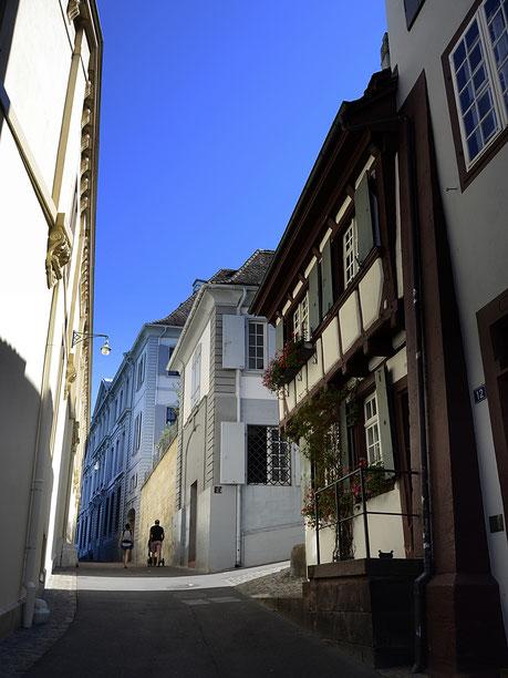 Basel, Rheinsprung, Licht, Copyright, AincaArt, Ainca Kira, Foto und Text, Writer, Photographer, Photography
