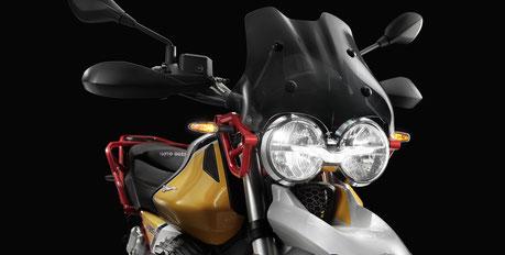 Moto Guzzi V85 TT LED Scheinwerfer mit Adler Fahrlicht