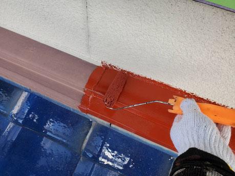 養老町、大垣市、平田町、南濃町、海津町、上石津町、輪之内町で外壁塗装工事中の外壁塗装工事専門店。養老町岩道で外壁塗装工事/付帯の下塗り作業中