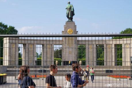 Sowjetisches Ehrenmal im Tiergarten