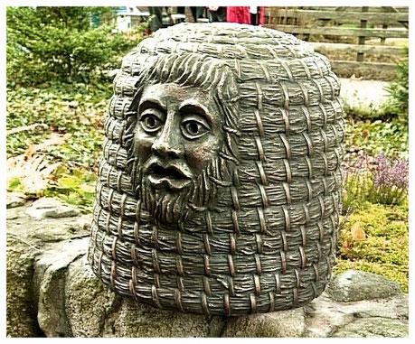 Heideort Wietzendorf Heideimker Statue