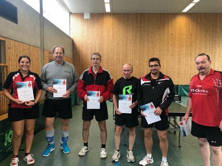 Die besten Doppel bei den Vereinsmeisterschaften 2018 der SG 03 Mitlechtern v.l.n.r.: Yasmina Tafat/Dirk Schulz(Dritte), Timo Metz/Günter Gräf(Zweite) Andreas Lautenbach/Horst-Peter Knecht(Vereinsmeister).