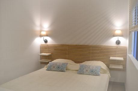 Jolie chambre avec  lit queen size