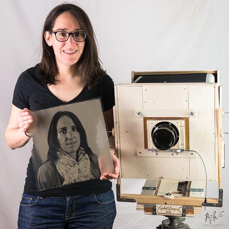 Portrait au collodion humide sur verre 30x30 cm réalisée par mes soins avec une chambre photographique de ma fabrication.