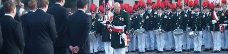 Parade beim Schützenfest auf dem Ahrweiler Marktplatz.