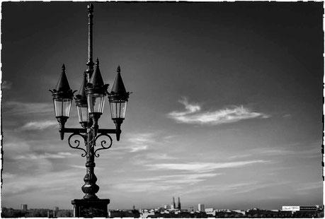 Bordeaux et son eclairage du pont de pierre