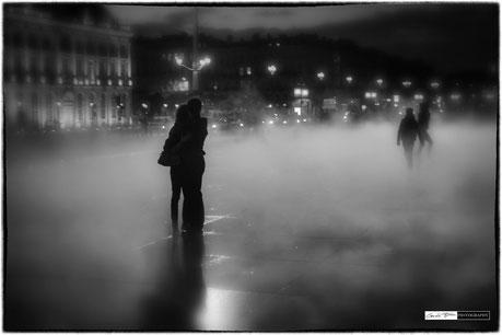 La brume s'écarte pour les amoureux ...