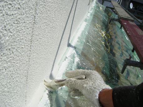 熊本〇様家の外壁塗装を関西ペイントの高耐久塗料で塗り替えています。