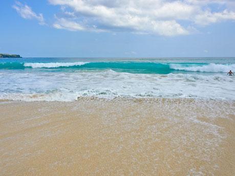 Het mooie strand van de Bukit op Bali