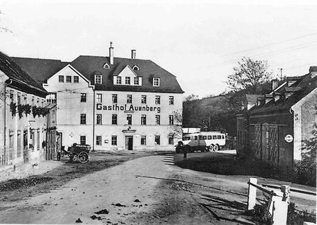 Daimler Bus der Linie Chemnitz-Neukirchen um 1910