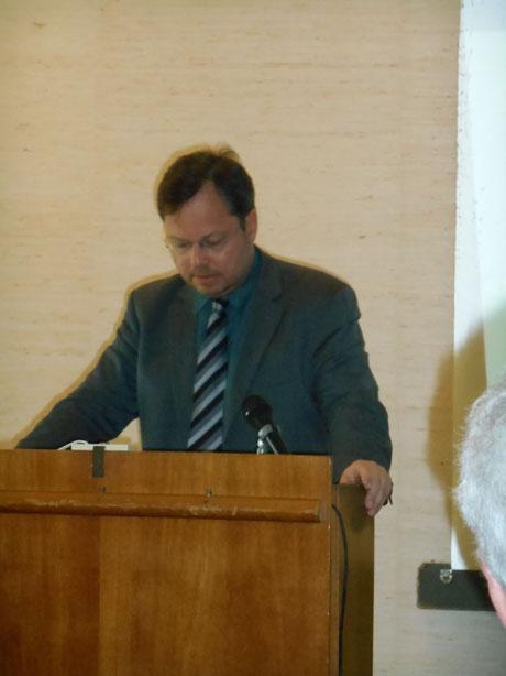 Plädoyer für Zivilcourage und den Mut, Nein zu sagen: Martin Frenzel während seiner Rede, 20.05.14