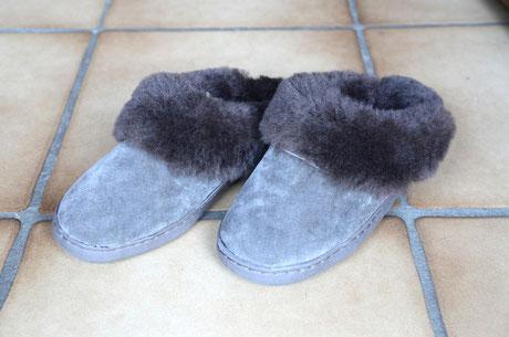 Pantoffel aus Lammfell