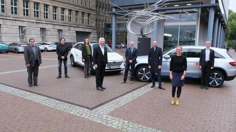 Vertreter der Kompetenzregion zusammen mit Minister Pinkwart