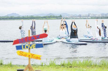 滋賀 琵琶湖 SUPヨガ(サップヨガ)体験!
