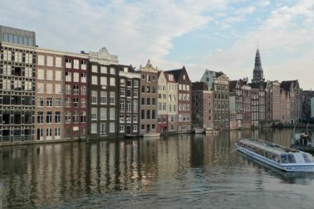 Amsterdam am Damrak